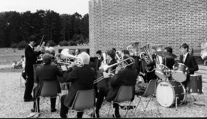 David Garodi (MD) and the band, at Netley Country Park, 1986